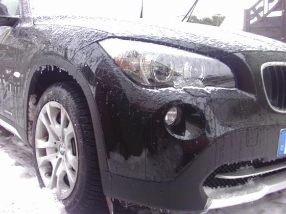 BMW-X1-Winter-Ice-Mobil-Sondereditione