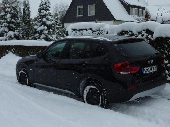 X1 im Schnee