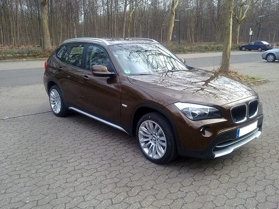BMW X 1 (1)